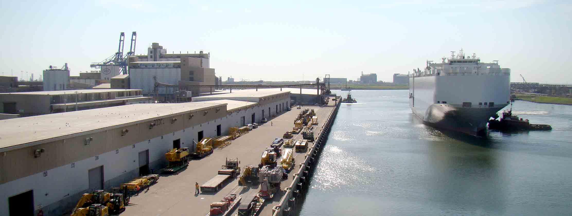 heavy lift operations port freeport
