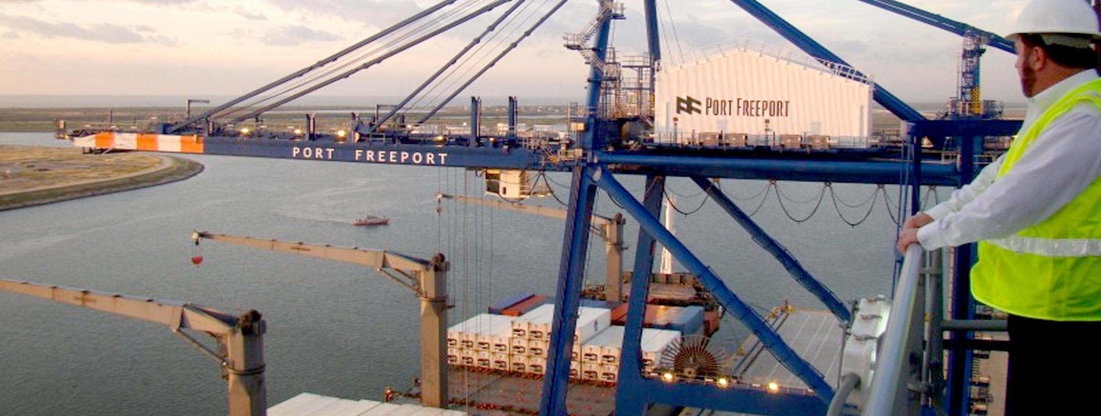 port freeport container operations in action